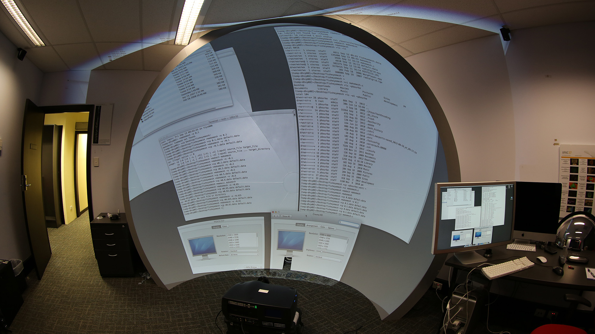 Image warping for offaxis fisheye lens/projectors